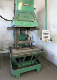 Machine equipment mill/drill pillar drilling maschine / Alzmetall AB 34/SV support