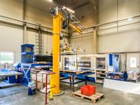 Machine equipment lifting sheet metal lifter with crane
